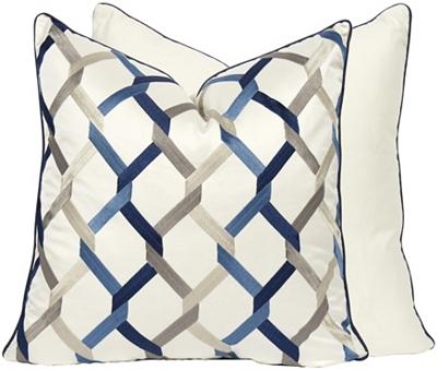 Cadena Pillow