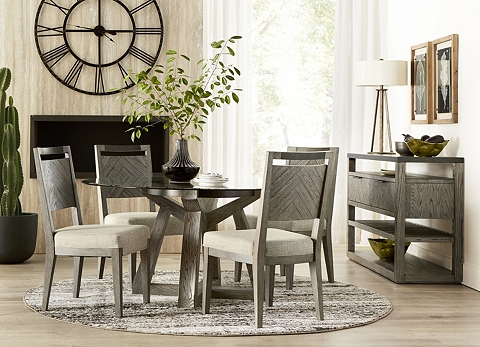 havertys dining room sets dining room chairs in wood black leather more havertys 7377