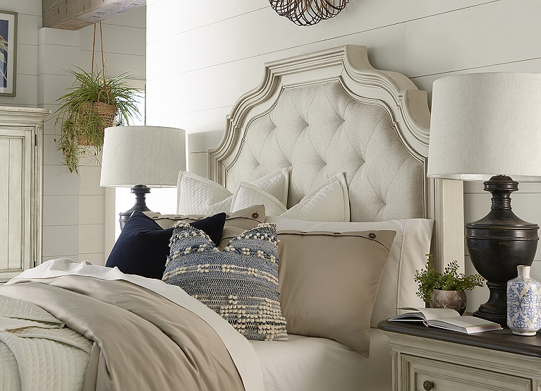 Veranda Bed Find The Perfect Style Havertys