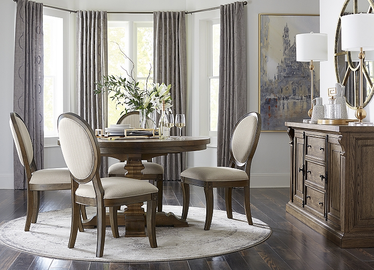 Avondale Ii Round Dining Table Find The Perfect Style Havertys